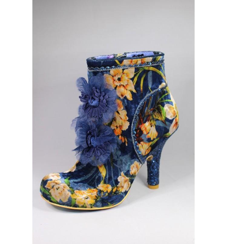 Queen Velvet Blue